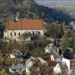 Фото №1 - Полиция взяла штурмом женский монастырь в Польше