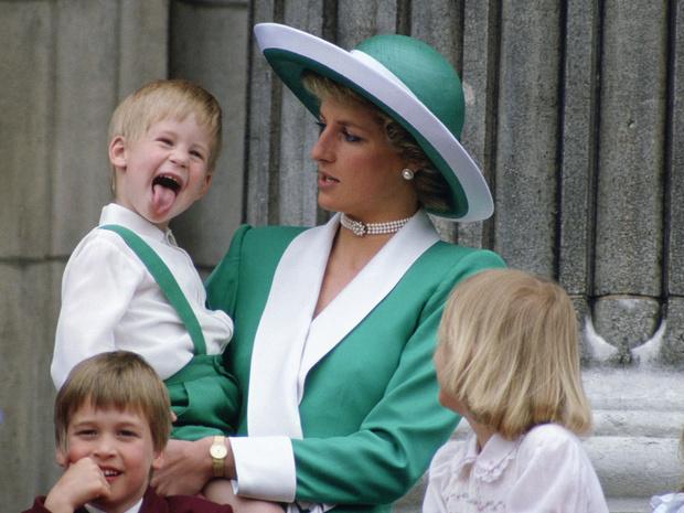 Фото №2 - Сын своей матери: 5 черт принцессы Дианы, которые унаследовал Гарри