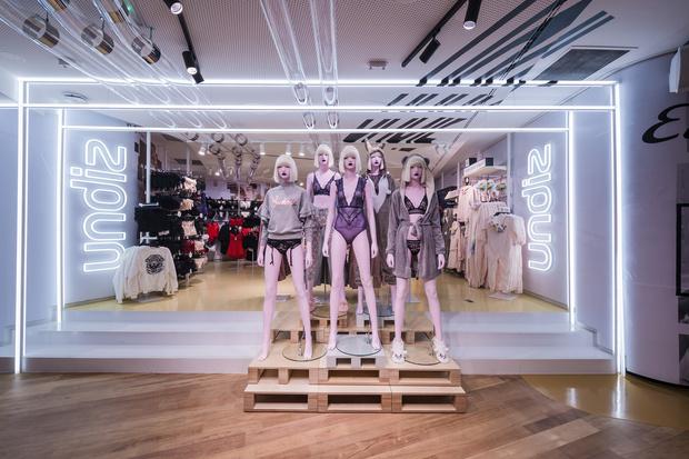 Фото №2 - Открытие первого флагманского магазина французского бренда нижнего белья Undiz в Москве