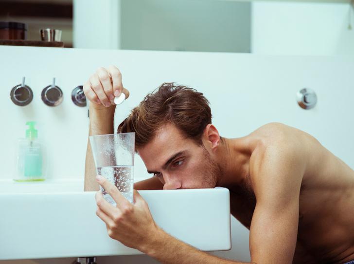 Фото №6 - Утро добрым не бывает: 8 распространенных мифов о похмелье