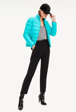 Фото №7 - Как утеплить легкое пальто: 10 уютных курток, как у герцогини Кейт и селебрити