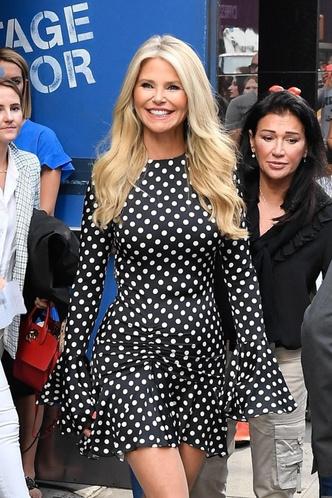 Кристи Бринкли, платье в горох