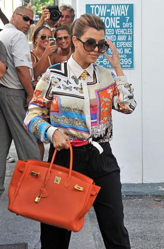 Фото №22 - Клуб по интересам: знаменитые поклонницы сумок Birkin