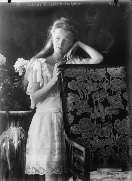 Фото №2 - Три истории несчастной любви: почему Николай II не пустил дочерей замуж