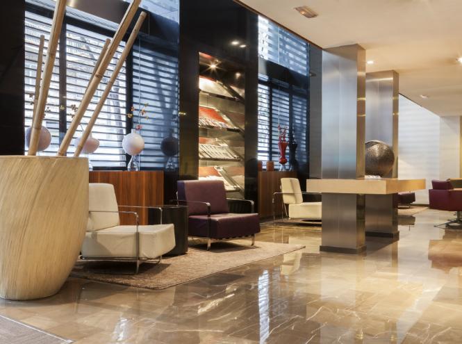 Фото №5 - 8 лучших новогодних предложений зарубежных отелей