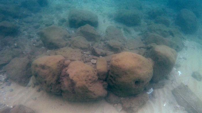 Фото №1 - Найдена древнейшая средиземноморская дамба