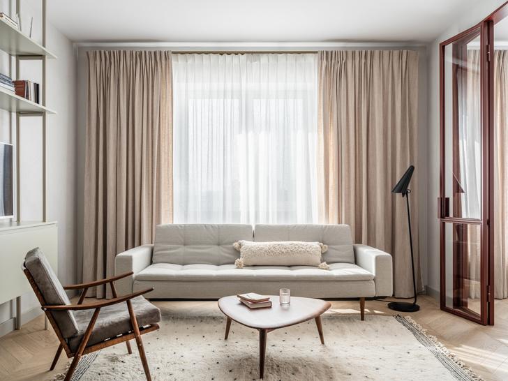Фото №1 - Лаконичная квартира в теплых натуральных оттенках