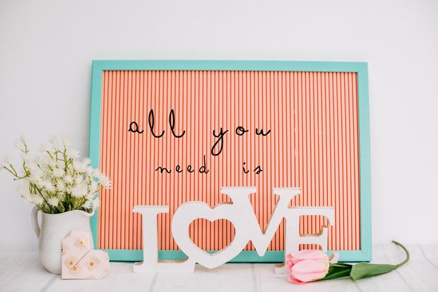 Фото №6 - На любой случай: 50 подписей для фото в Инстаграм ко Дню всех влюбленных