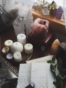 Фото №3 - Тест: Выбери ведьминскую атрибутику, и мы скажем, сколько в тебе процентов волшебства