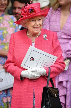 Фото №6 - Royal pink: как королевские особы носят розовый цвет