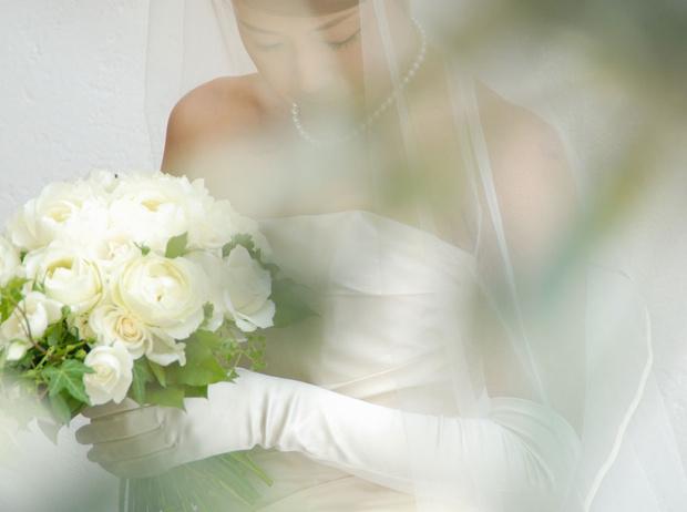 Фото №1 - Соло для невесты: кому нужна свадьба без жениха