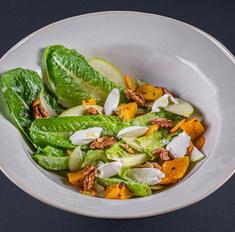 Салат с запеченной тыквой и рикоттой
