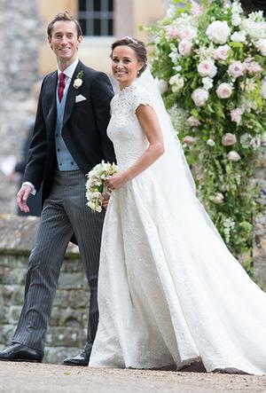 Фото №22 - 16 самых известных, красивых и дорогих свадебных платьев за всю историю