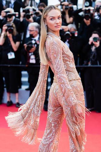 Фото №10 - Хадид с обнаженной грудью и Хилл в «нарисованном» платье: самые сексуальные образы звезд на Каннском кинофестивале