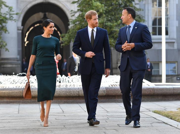 Фото №1 - Меган Маркл и принц Гарри прибыли в Ирландию