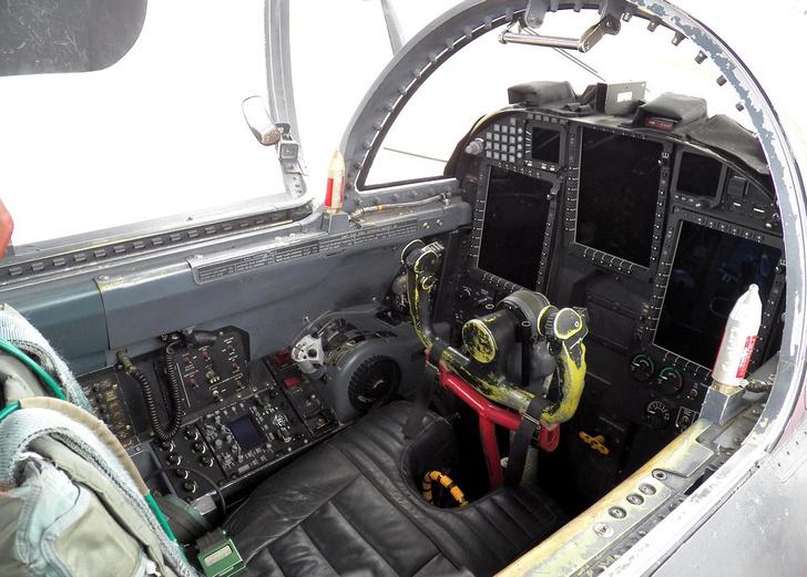 Фото №5 - 8 взрывоопасных вопросов (и ответов) о U-2— не о группе, о самолете