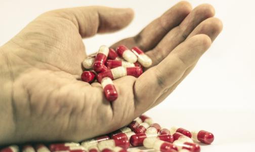 Фото №1 - В 11 районах Петербурга увеличились случаи передозировок наркотиками