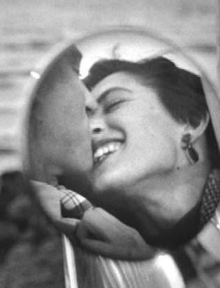 Фото №1 - 7 причин, по которым женщины изменяют: от плохого секса до проблем с самооценкой