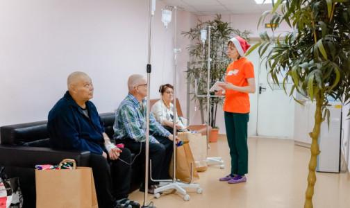 Фото №1 - Из стандартов лечения онкологических пациентов исключили... лечение. Общественные организации пишут Мурашко