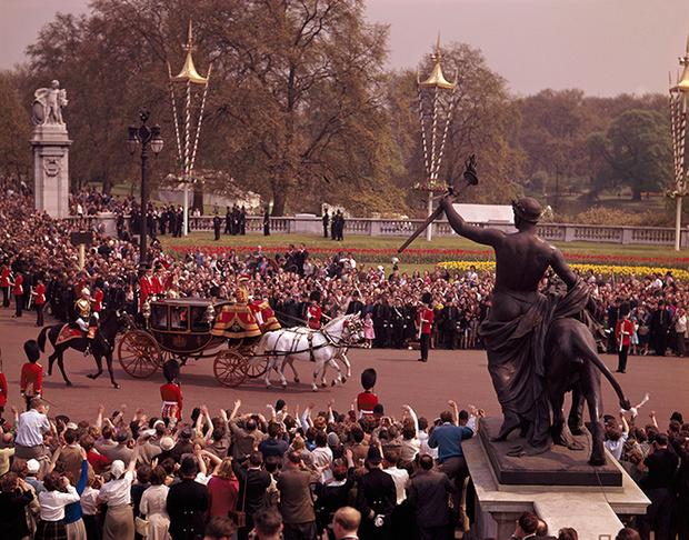 Фото №20 - Королевская свадьба #2: как выходила замуж «запасная» принцесса Маргарет