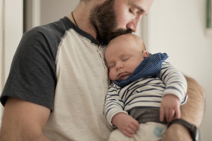 Фото №3 - Молодой отец: 3 способа помочь жене после родов