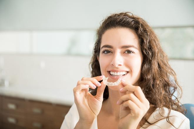 Фото №2 - Брекеты после 30 лет: смогут ли они выровнять зубы навсегда