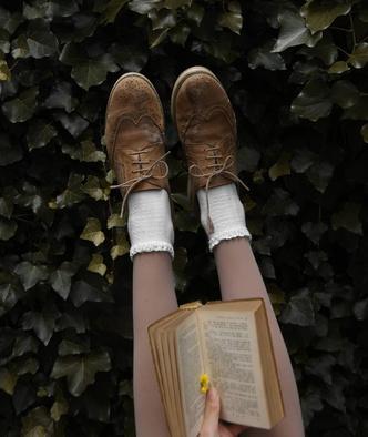 Фото №34 - Самый безмятежный тренд лета: как одеться в стиле коттеджкор