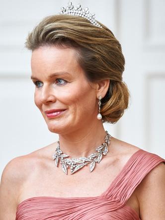 Фото №5 - Самые роскошные и дорогие тиары королевской семьи Бельгии