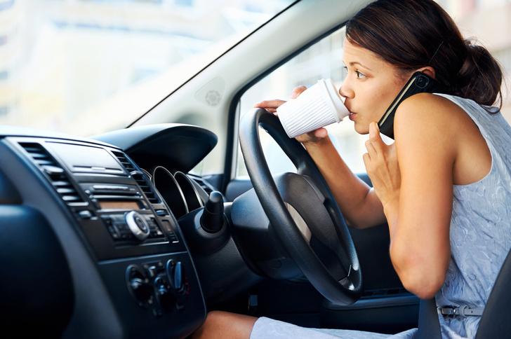 Фото №1 - Названы главные причины аварий на дорогах