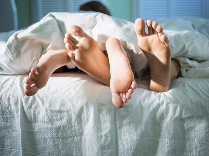 Фото №3 - Лучше, чем кофе: чем полезен утренний секс