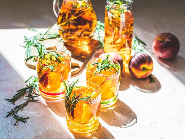 Фото №2 - Холодный чай: три освежающих рецепта