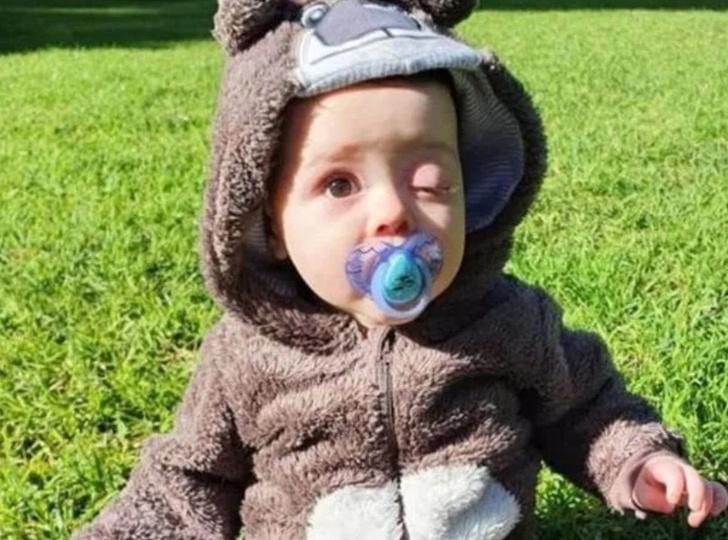 Фото №1 - Беременной запретили обнимать 8-месячного сына, потому что он излучает радиацию