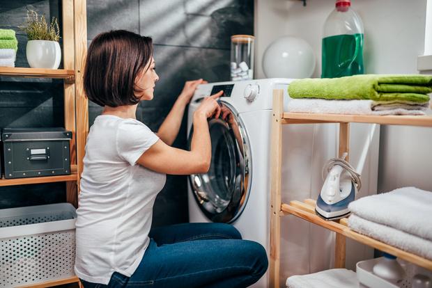 Фото №2 - Как правильно стирать пуховик: 6 проверенных способов