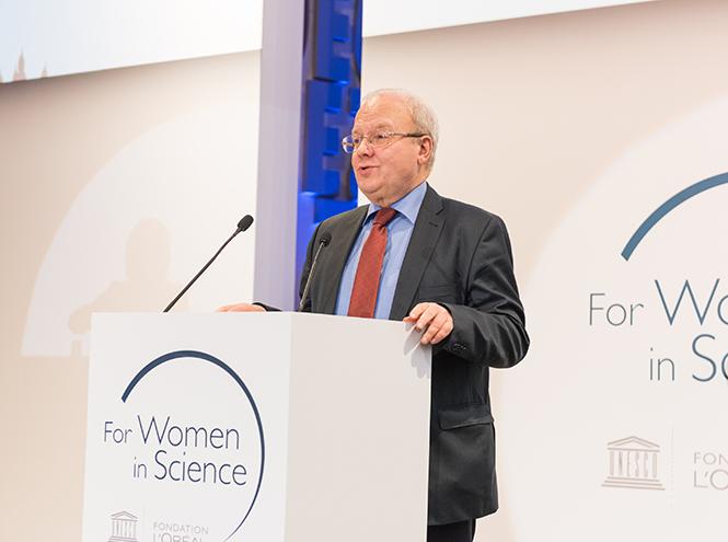 Фото №8 - В Москве вручили стипендии L'Oreal-Unesco «Для женщин в науке»
