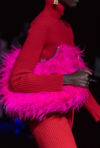 Фото №7 - Как носить перья: 10 идей на все случаи жизни