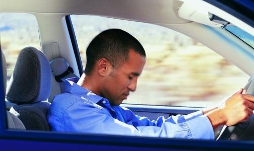 Фото №1 - Сомнологи предложили проверять водителей на диагноз «апноэ»
