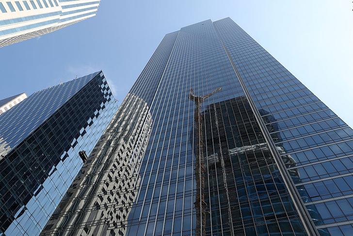 Фото №1 - «Башня тысячелетия» в Сан-Франциско уходит под землю