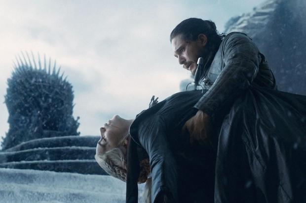 Фото №1 - Создатели «Игры престолов» рассказали о спорных моментах финального сезона