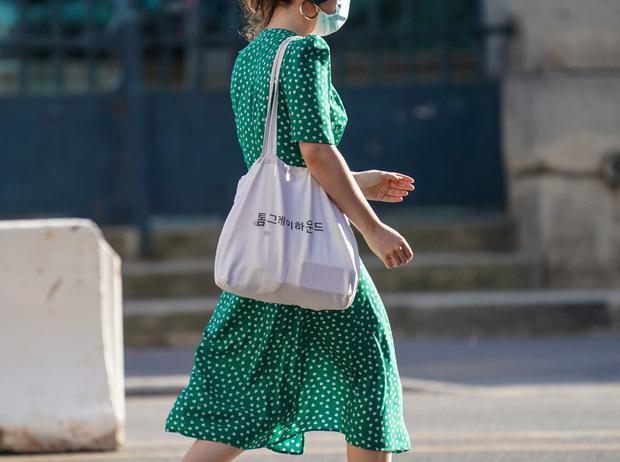 Фото №4 - Советы стилистов: какой цвет носить этим летом и для чего