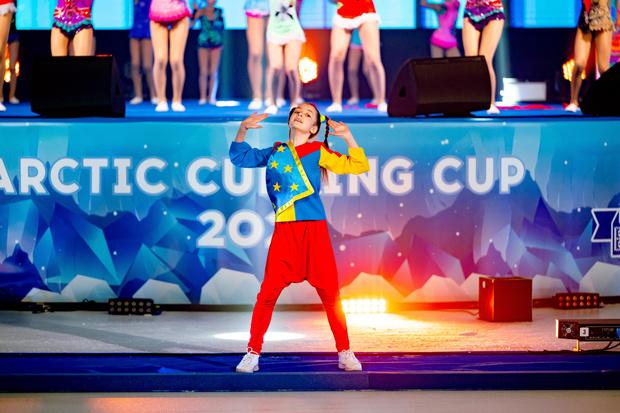 Фото №7 - Лед и пламя: в Дудинке прошел Международный турнир по керлингу Arctic Curling Cup 2021