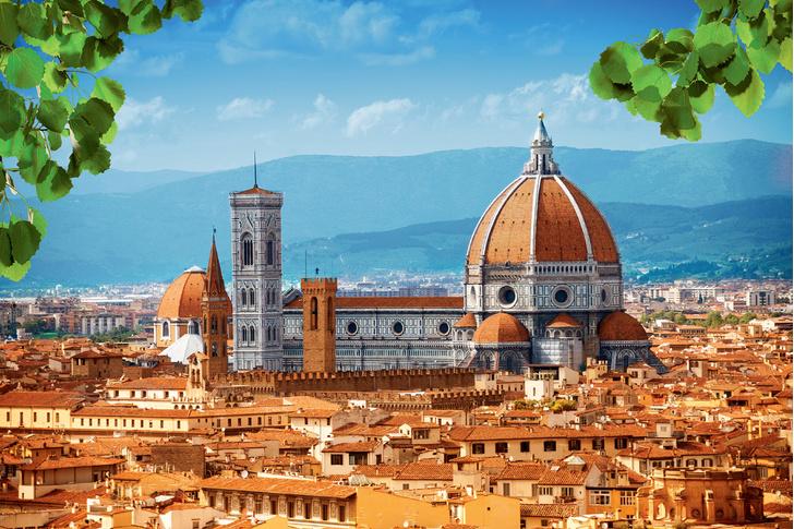 Фото №1 - 7 чудес Италии: самый большой собор, самое чистое озеро, самая короткая река