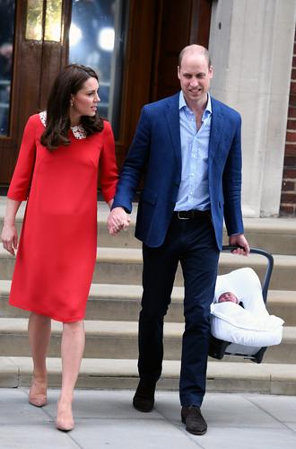 Фото №3 - Почему принц Гарри и Меган Маркл не стесняются обниматься на публике