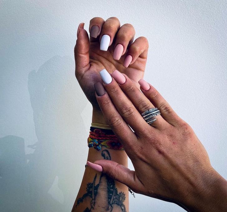 Фото №9 - Маникюр для квадратных ногтей: самые трендовые идеи 2021-ого