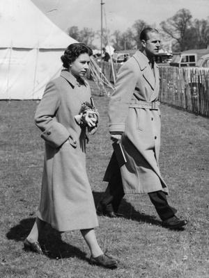 Фото №3 - Как принц Филипп отреагировал на слухи о своих изменах Елизавете