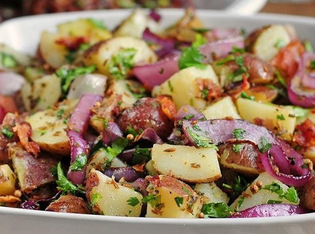 Вкусный салат с беконом