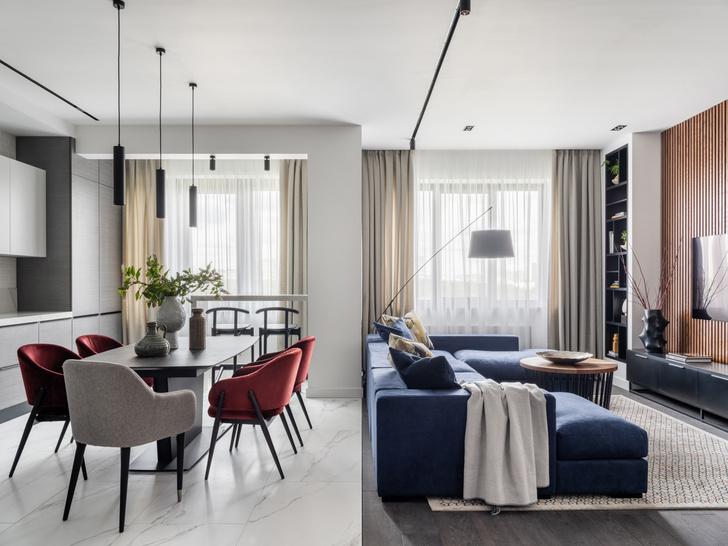 Фото №1 - Московская квартира 120 м² с красно-синими акцентами