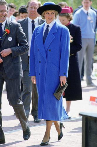 Фото №8 - Как стильно носить галстуки: советы дизайнеров и главных модниц