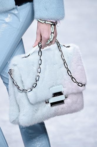 Фото №29 - Самые модные сумки осенне-зимнего сезона 2016/17
