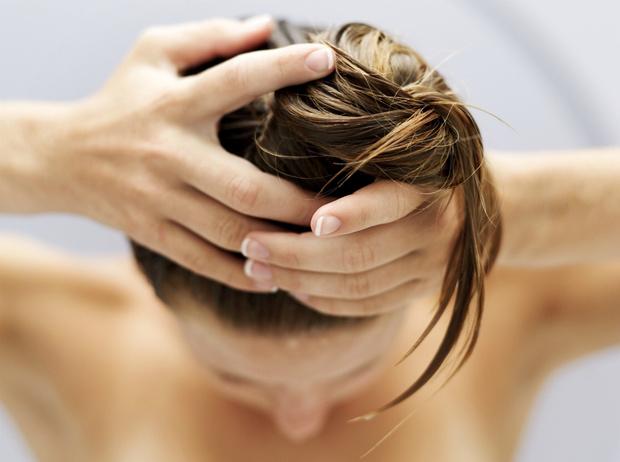 Фото №4 - 5 вещей, которые нельзя делать с мокрыми волосами
