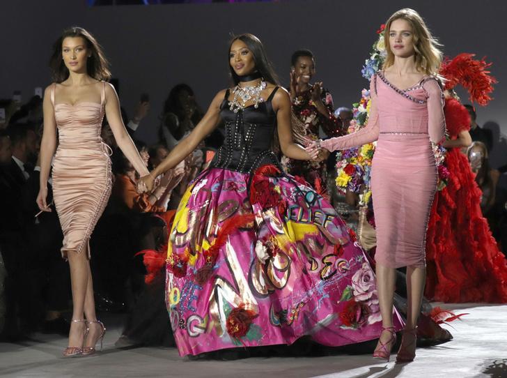 Фото №1 - Fashion for Relief: как Наоми Кэмпбелл сражается за равенство и защищает слабых